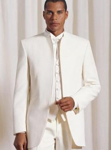 Stand Kraag Ivory Bruidegom Tuxedos Groomsmen Mannen Bruiloft Past Beste Man Suits Prom Kleding jas + Broek + Vest + Tie BM: 697