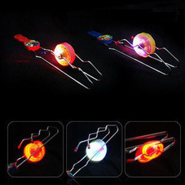 20 шт. / лот светодиодные игрушки трек йо-йо подарки красочные магия гироскоп Flash yoyo колеса авто флип мяч дети cheap kids yoyo ball от Поставщики дети йо-йо