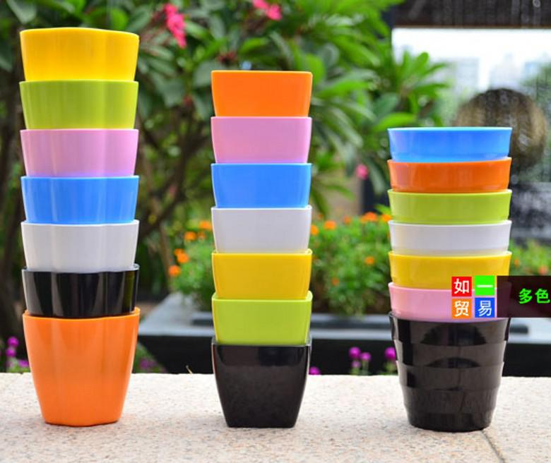 Retail High quality Plastic Planters balcony gardening mini candy colored pots for home decorative
