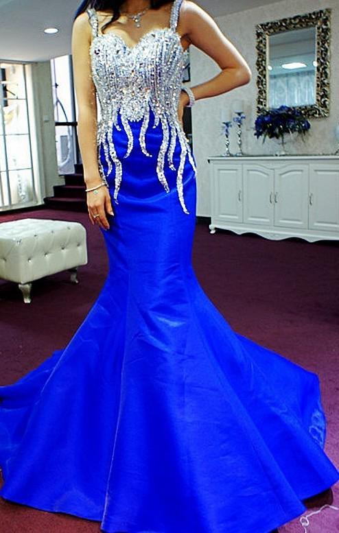 2019 Nova chegada !!!!! Querida correias Sereia Magro manga longa vestidos de noite transparentes com vestidos de baile de cristal e grânulos