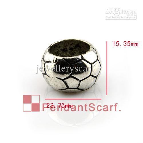 50 UNIDS / LOTE, Top Popular Joyería DIY Bufanda Colgante Accesorios Pistola Plateada Negro Balón de Fútbol Diseño Cuentas de CCB de Plástico, Envío Gratis, AC0135