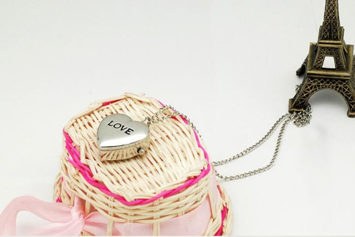 2013 orologio da tasca sveglio adorabile caldo con le collane PW0011 / della vigilanza a forma di amore della collana Trasporto libero