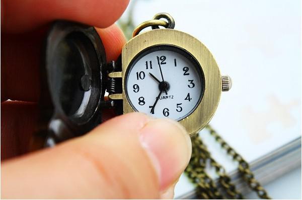 Chaude Belle Mignon Rétro Bronze Montre De Poche Avec Collier En forme de clé colliers de montre comme cadeau Drop