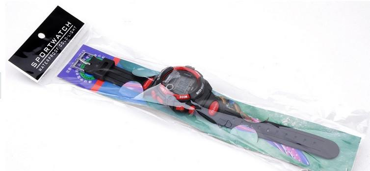 Mode Pas Cher Sport Montre-Bracelet Numérique LED Enfants Montre Numérique Mouvement Résistant À L'eau Drop Livraison Gratuite