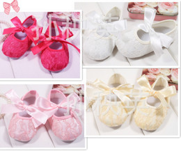 Wholesale Cute Shoe Bow Ribbons - Baby Infant Shoes Adorable Children Toddlers First Walkers Lace Shoes Pretty Fancy Ribbon Bow Shoes White Pink Rose Red Yellow Cute 8586