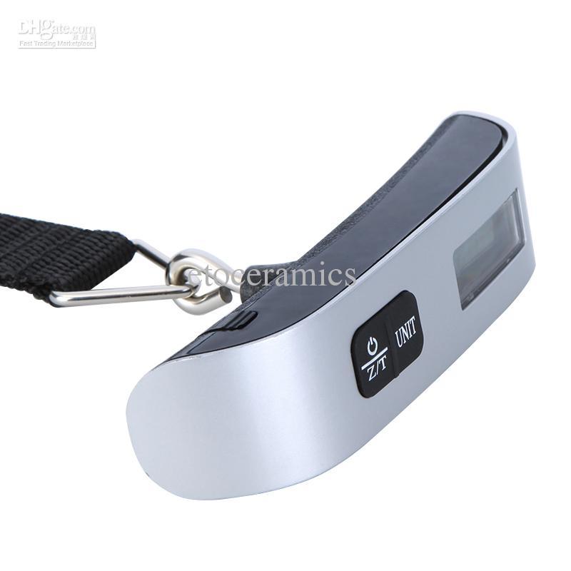 50kg 110 lb Tasca Portatile Appeso LCD Bilance elettroniche elettroniche da viaggio Bilancia da pesca Bilancia pesa pesci Sensore di temperatura Wake Waage