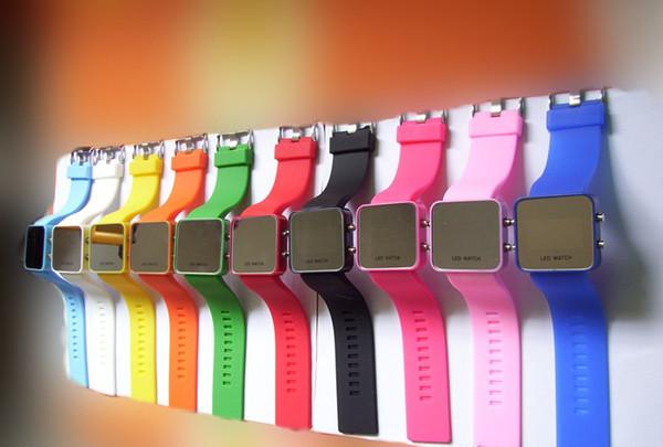 Heiße Verkaufs-Frauen-Damen-LED-Spiegel-Verfassungsuhr-Plastikgelee-Silikon-digitale Datumskalender-Unisexart und weisesportuhren über DHL