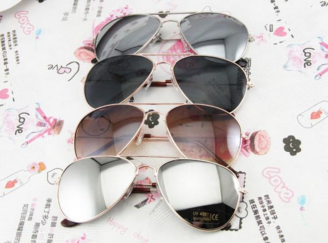 af83e64aa Compre Lente Reflexiva Mens Óculos De Sol Da Moda Designer De Estilo Barato  Óculos De Metal Óculos De Marca Nova Promoção Retro Óculos 4 Estilo Óculos  De ...