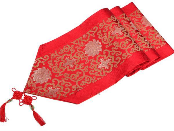 red flower 300 x 33cm