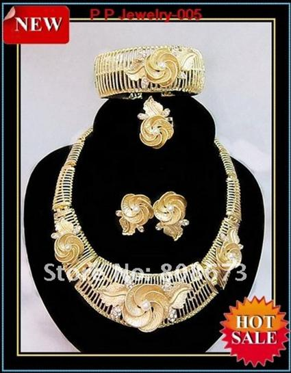 24K Gold Plated Stunning Crystal And Pearl Big Flower Wedding Bridal Jewelry Set 005