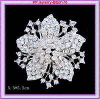 Wholesale indian costume dress - Bling Bling Clear Crystals Vintage Flower Women Brooch Top Quality Fashion Elegante Party Costume Dress Broaches Good Quality!