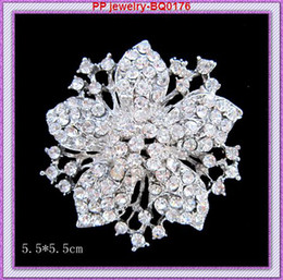 Wholesale African Costume Dresses - Bling Bling Clear Crystals Vintage Flower Women Brooch Top Quality Fashion Elegante Party Costume Dress Broaches Good Quality!