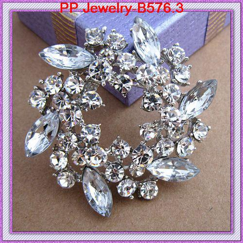 Rhodium Plated Stunning Crystals Pretty Flower Wreath Vintage Brooch For Wedding Amazing Elegant Exquisite Women Broach Pin Hijab Pin