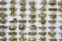 100pcs Gothic Skull Carved Biker Clear Rhinestone Hommes Gold Tone Rings R458 New Jewelry
