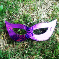 Wholesale cheap christmas costumes - 100pcs lot Cheap Multi Color Venetian Masquerade Masks Eye Mask for Costume Party Paper Masks MA23