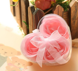 Wholesale Wholesaler Pirate Favors - 30 Boxes 3 in 1 Bath Soap flower with Heart-shaped Box Rose Petal Wedding Party Shower Decoration