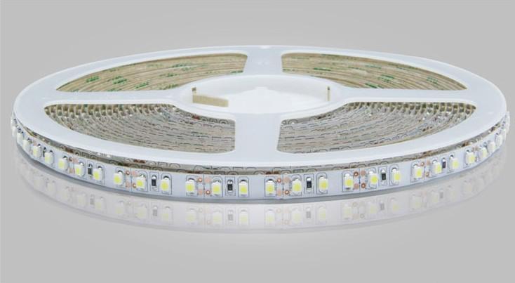 Cinta LED azul blanco amarillo rojo cálido Tira de luz LED 5m 3528 SMD Flexible no impermeable 120LED / M Con conector con fuente de alimentación 12 4A
