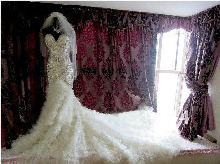 Robes de mariée en cristal Pierres de verre de luxe avec perles à volants Tulle sirène Royal Train 2 mètre Robes de mariée ZJ115