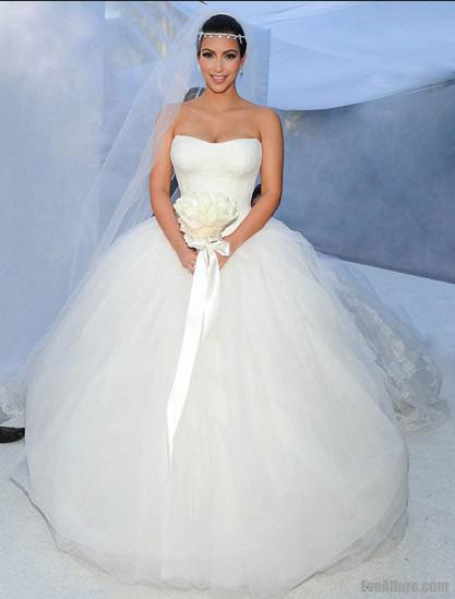 Real Images Sexy Strapless Corset Ruched Lace Organza Tulle Fluffy Kim Kardashian Gown Beach Garden Cathedral Ball Wedding Dresses Halter
