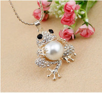 Wholesale frog pendant gold - Top Quality (6pcs lot)Gold Tone Clear Cystal Stunning Rhinestone Lovely Frog Pearl Necklace Long Chain Sweater Decoration Necklace!