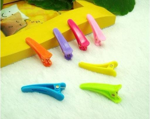 nuevo Kids Candy Colors Clip 300pcs / lot Bobby Pin Clips Barrette Clip de plástico Cocodrilo Clip Alligator Clips