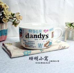 Wholesale Shipping Box Lid - Free Shipping, Jingdezhen ceramic belt lid bone china bowl handle lunch box lovers design