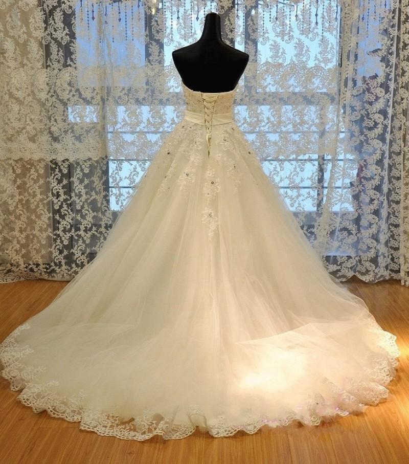 2013 nieuwe luxe trouwjurk sweetheart swarovski crystal organza mouwloze a-lijn kathedraal kerk trouwjurken van bruiden bruidsjurken
