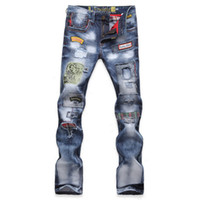 jeans rotos parcheados al por mayor-TOP Mens Jeans Moda jeans rasgados Patched Holey Washed Palabras Straight Leg Fitted Envío gratis