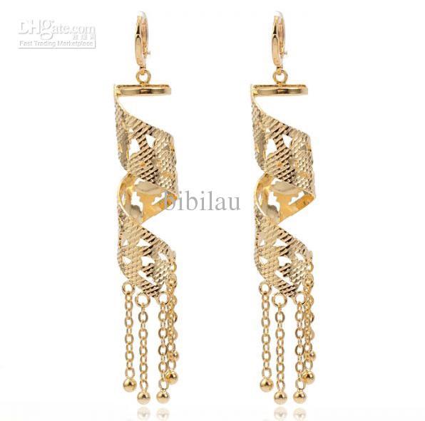 233E boucles d'oreilles style rétro en or 18k rempli de mode pour les femmes spéciales bijoux avec gland de bonne qualité