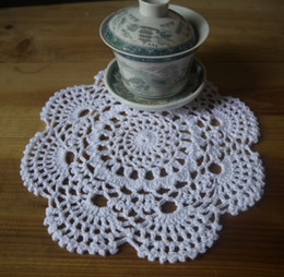 $enCountryForm.capitalKeyWord Canada - wholesale 100% cotton hand made crochet doily lace cup mat vase mat, coaster 20x20cm table mat customization 20PCS LOT TM020A