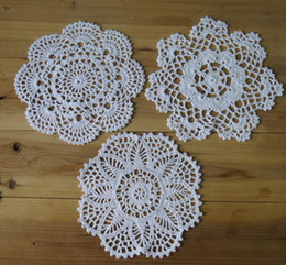 Wholesale White Table Cloths Wholesale - 30Piece Handmade Crochet pattern 3 designs Crocheted Doilies cup Pad mats table cloth coasters round Dial 20cm Custom Colors