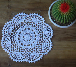 $enCountryForm.capitalKeyWord Canada - wholesale 100% cotton hand made crochet doily, lace cup mat vase mat, coaster 20cm table mat customization 20PCS LOT
