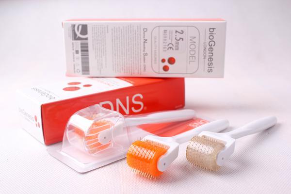 DNS Derma Roller Titanium 200 Needles Micro Needle Skin Roller for Face Massage