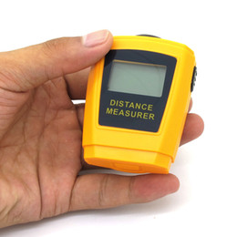 Wholesale laser measurer - Ultrasonic Distance Measurer CP3005 LCD With Backlight Laser Point Measure Distance From 0.5 M to 18M Resolution 1CM or 1 2 Inch