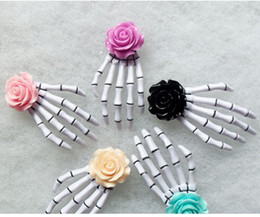 Wholesale Hair Clips Wholesalers Japan - New Japan and South Korea original SuFeng han edition, is a lovely flowers skull bones hand claw clip hair bands 18piece lot