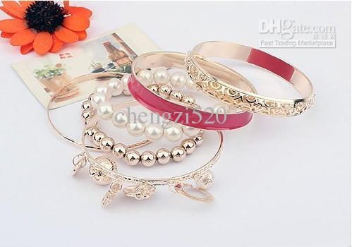 La mode des filles bracelets définit or / perle bracelet creux multicouche017