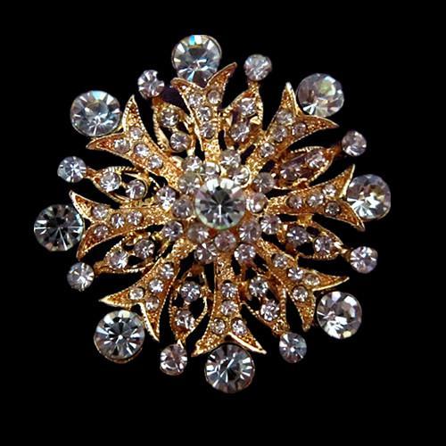 Spilla fiore in cristallo placcato oro chiaro con strass scintillanti