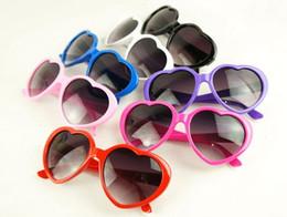 ce occhiali da sole Sconti 2013New occhiali da sole personalizzati pesca ragazze moda, occhiali da sole decorativi da esterno, occhiali da sole cuore ragazza, occhiali da sole UV 400 CE Sunglas