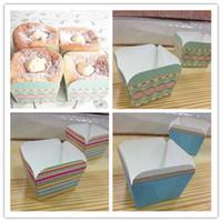 mavi kek mavi toptan satış-Pişirme fincan İngiliz retro / Renk şerit / Klasik mavi nokta dantel kare kek kutusu cakecup kek fincan çörek fincan
