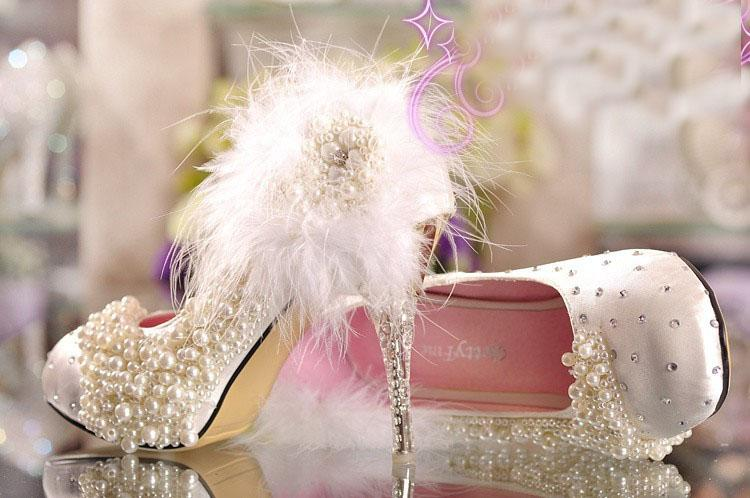 moda cristallo scarpe da sposa tacco alto scarpe piattaforma strass pizzo fiore Imitazione perla piume bianche pompe principessa