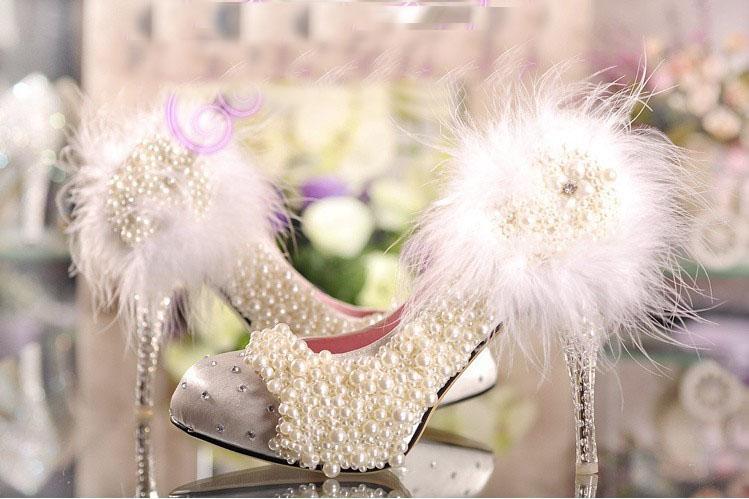 mode cristal mariage talon haut unique chaussures plate-forme strass fleur de dentelle Imitation perle blanche plume princesse pompes