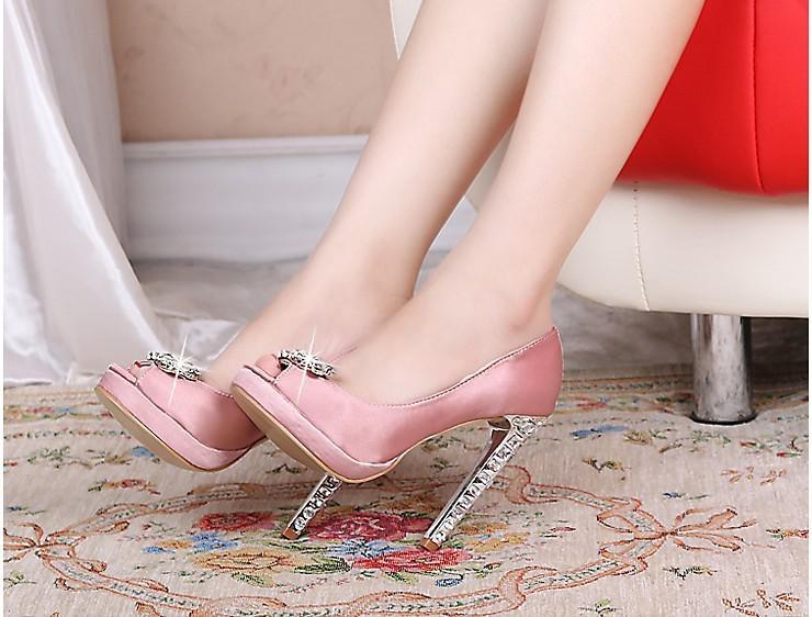 Mulheres rosa preto vermelho cetim strass peep toes bombas de plataforma senhora do casamento dama de honra do partido dress saltos altos sapato sandália livre shipp