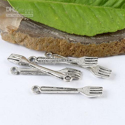 argento tibetano forcella fascino formato approssimativo: 24,8 millimetri materiale: in lega di zinco metallo senza piombo risultati H1453