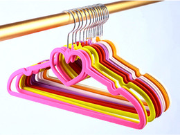 velvet clothes hangers UK - Housekeeping Tools Mixed Colorful Velvet Flocked Non-slip Clothes Hanger Magic Creative Heart Dress Hangers Clothese Racks