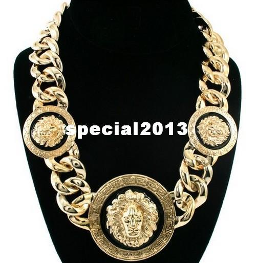 Min $ 10 (Can Mix Item) Femmes Or / Noir Trois Têtes de Lion Collier Chunky Chaîne Collier Rihanna Celebrity Jewelry