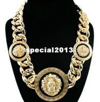 commande de bijoux achat en gros de-Min $ 10 (Can Mix Item) Femmes Or / Noir Trois Têtes de Lion Collier Chunky Chaîne Collier Rihanna Celebrity Jewelry