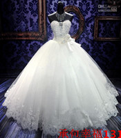 Wholesale New Sweetheart Flowers Beaded Lace Crystals Sexy Luxury Cathedral Wedding Dresses Bridal Gowns