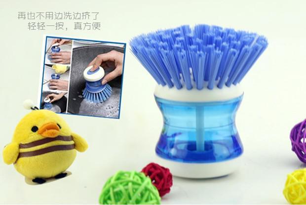 / Palm Dish Brush Plastic Automatic Aggiungi Clean Liquid Washing Tool / Dish Brush
