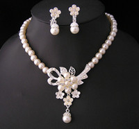 Wholesale Wedding Jewellery Wholesale China - Silver Plated Bridal Cream pearl and Rhinestone crystal Bridal necklace earrings Jewellery Set