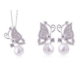 $enCountryForm.capitalKeyWord NZ - 4SETS LOT Silver Plated Sparkle Crystal And Imitation Pearl Women Butterfly Necklace And Earrings Jewelry Sets